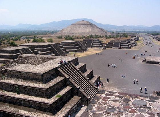 La Gruta Teotihuacan V1